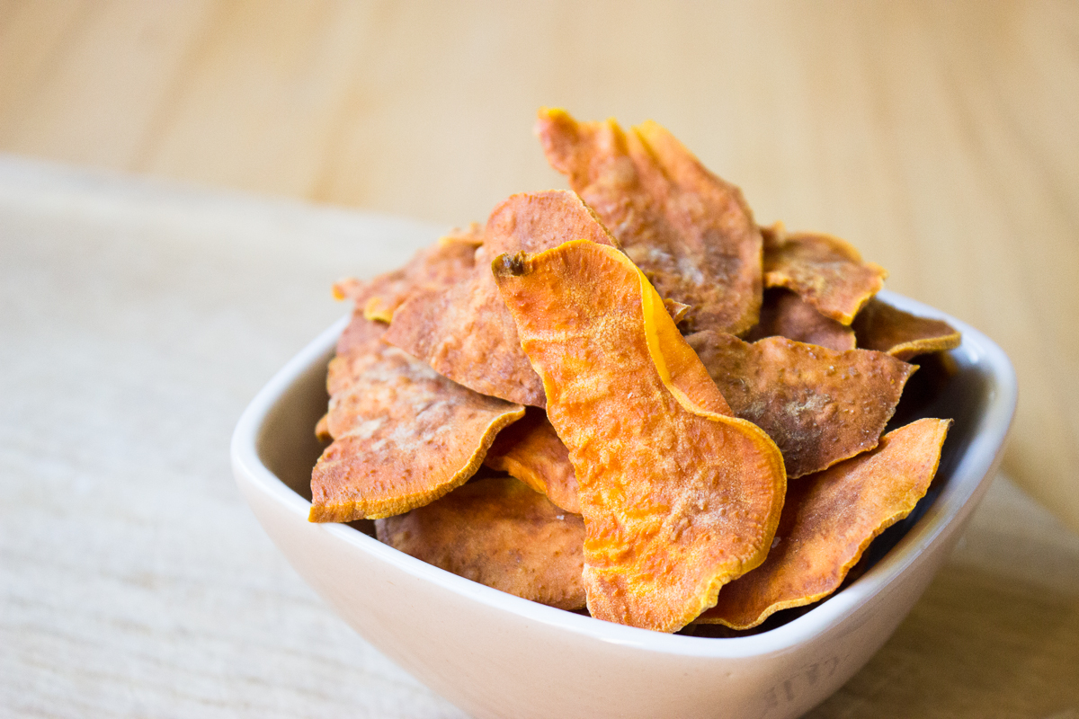 Sweet potato crisps | The Angry Hungry Hobbit